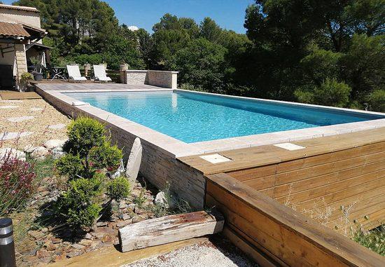 locations de vacances l 39 isle sur la sorgue aux portes du. Black Bedroom Furniture Sets. Home Design Ideas