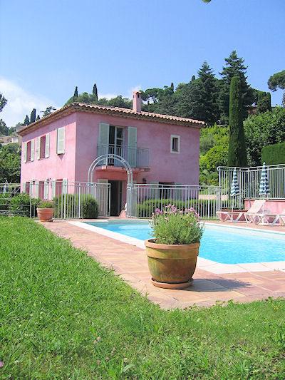 Location villa vence c te d 39 azur 06 vue piscine for Location villa cote d azur piscine