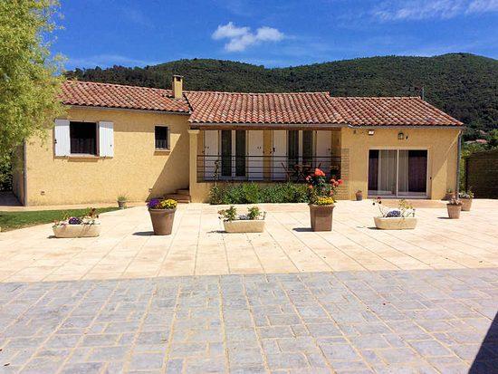 Maison de vacances piscine chauff e saint florent sur auzonnet gard - Piscine gonflable pas cher saint etienne ...