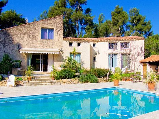 Maison de vacances aubagne avec piscine tennis et - Location maison cevennes avec piscine ...