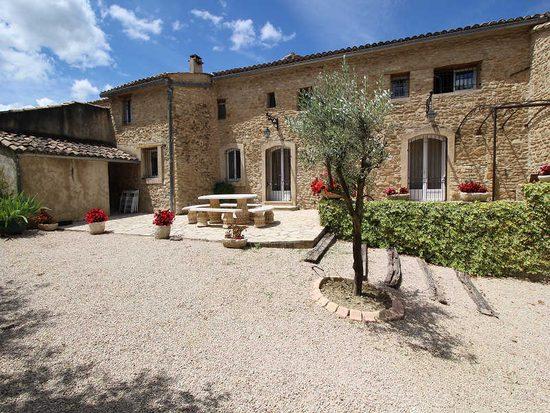 Location Maison Vacances  VaisonLaRomaine Piscine Chien Admis
