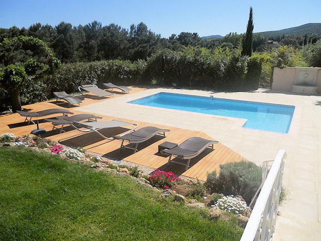Location piscine chauff e roquebrune sur argens var for Piscine roquebrune sur argens