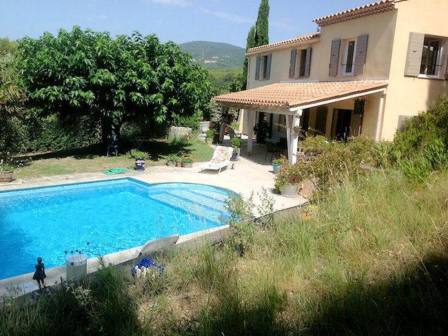 Location maison vacances lauris luberon piscine et for Location villa piscine luberon
